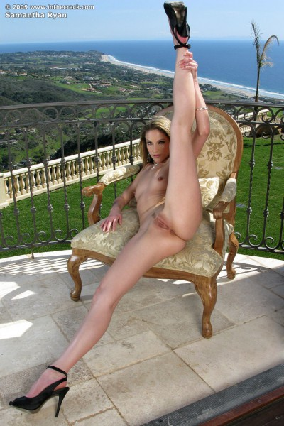 Samantha Ryan Flexible